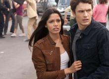 La Planète des singes : les origines - Freida Pinto et James Franco - cinema reunion 974