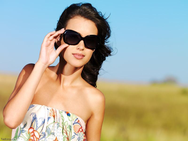 lunettes de soleil crit res de s lection mode. Black Bedroom Furniture Sets. Home Design Ideas
