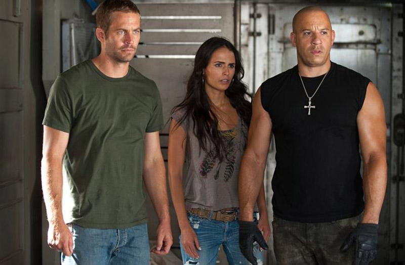 les personnages de fast and furious. Black Bedroom Furniture Sets. Home Design Ideas