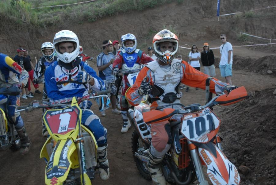 motocross 974